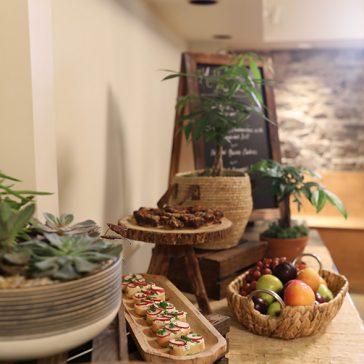 Indoor breakfast Mill Street Inn