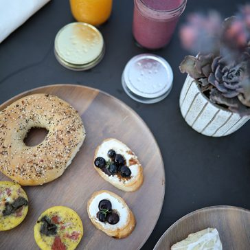 Fresh Juices and a Bagel